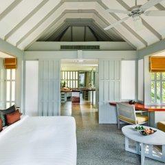 Отель The Surin Phuket 5* Стандартный номер с различными типами кроватей фото 3