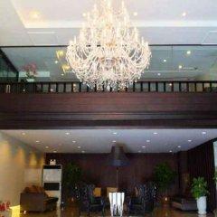 Отель White Palace Bangkok Таиланд, Бангкок - отзывы, цены и фото номеров - забронировать отель White Palace Bangkok онлайн бассейн фото 3