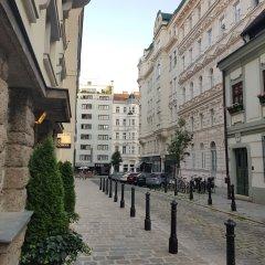 Отель Amazing flat near the center Вена фото 2