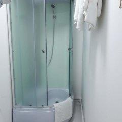 Гостиница ArtHotel в Невинномысске отзывы, цены и фото номеров - забронировать гостиницу ArtHotel онлайн Невинномысск ванная фото 2