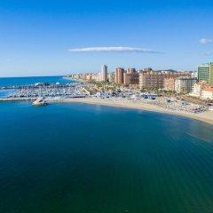 Отель Hostal Los Corchos пляж