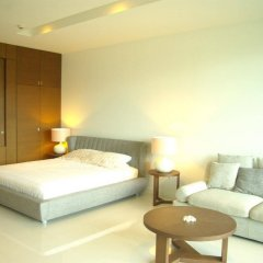 Отель Ananya Beachfront Condominium Паттайя комната для гостей