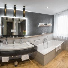Drei Löwen Hotel ванная фото 2