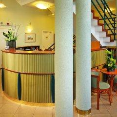 Baross City Hotel - Budapest интерьер отеля