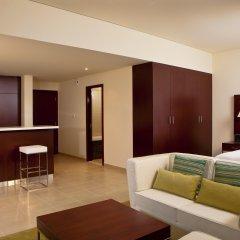 Отель Hilton Dubai The Walk 4* Студия Делюкс с различными типами кроватей