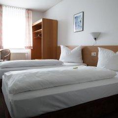 Отель Christina Германия, Кёльн - отзывы, цены и фото номеров - забронировать отель Christina онлайн комната для гостей фото 2