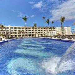 Отель Royalton Bavaro Resort & Spa - All Inclusive Доминикана, Пунта Кана - отзывы, цены и фото номеров - забронировать отель Royalton Bavaro Resort & Spa - All Inclusive онлайн бассейн