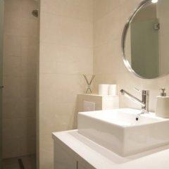 Отель Guest Trotter Guénégaud Франция, Париж - отзывы, цены и фото номеров - забронировать отель Guest Trotter Guénégaud онлайн ванная