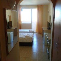 Отель Lucky Family Hotel Ravda Болгария, Равда - отзывы, цены и фото номеров - забронировать отель Lucky Family Hotel Ravda онлайн сейф в номере