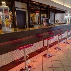 Hotel Arles Plaza Арль гостиничный бар