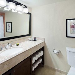 Embassy Suites Hotel Milpitas-Silicon Valley ванная