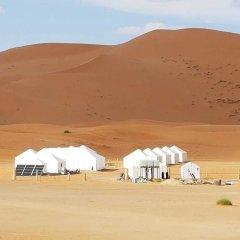 Отель Dunes Luxury Camp Erg Chebbi Марокко, Мерзуга - отзывы, цены и фото номеров - забронировать отель Dunes Luxury Camp Erg Chebbi онлайн