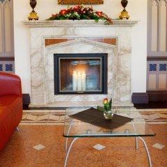 Отель Monika Centrum Hotels интерьер отеля