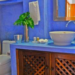 Hotel Petit Mercedes Puerto Vallarta ванная фото 2