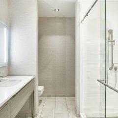 Отель AC Hotel by Marriott Beverly Hills США, Лос-Анджелес - отзывы, цены и фото номеров - забронировать отель AC Hotel by Marriott Beverly Hills онлайн ванная фото 2