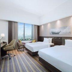 Отель Hampton by Hilton Dubai Airport комната для гостей фото 2