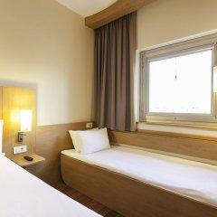 Отель ibis London Luton Airport комната для гостей фото 5
