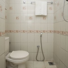 Отель OYO 149 Kalpa Brikshya Hotel Непал, Катманду - отзывы, цены и фото номеров - забронировать отель OYO 149 Kalpa Brikshya Hotel онлайн ванная фото 2