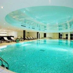 Гостиница Crowne Plaza Minsk бассейн