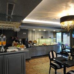 Le Petit Palace Hotel Турция, Стамбул - 4 отзыва об отеле, цены и фото номеров - забронировать отель Le Petit Palace Hotel онлайн питание
