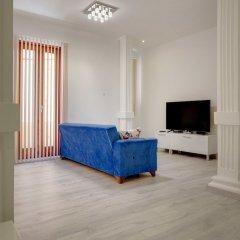 Отель Stylish 2 Bedroom Apartment in an Amazing Location Мальта, Слима - отзывы, цены и фото номеров - забронировать отель Stylish 2 Bedroom Apartment in an Amazing Location онлайн комната для гостей