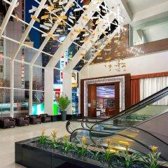 Отель Crowne Plaza Times Square Manhattan США, Нью-Йорк - отзывы, цены и фото номеров - забронировать отель Crowne Plaza Times Square Manhattan онлайн интерьер отеля
