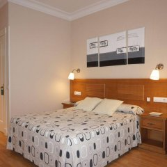 Отель Hostal Santillan Испания, Мадрид - отзывы, цены и фото номеров - забронировать отель Hostal Santillan онлайн комната для гостей фото 4