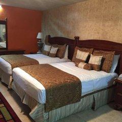 Отель Cobblestone Inn комната для гостей