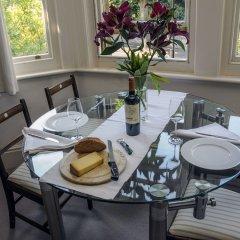 Отель Saffrons Apartment Великобритания, Истборн - отзывы, цены и фото номеров - забронировать отель Saffrons Apartment онлайн в номере