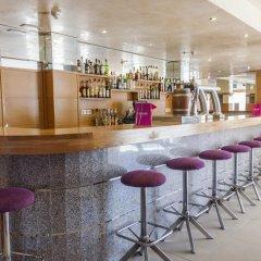 D-H Hotel Calma гостиничный бар