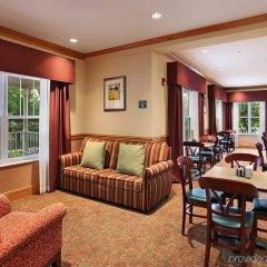 Отель Country Inn & Suites Columbus Airport-East комната для гостей