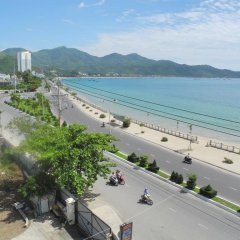 Nam Hong Hotel пляж фото 2