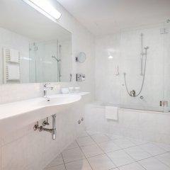 Отель IMLAUER & Bräu Австрия, Зальцбург - 1 отзыв об отеле, цены и фото номеров - забронировать отель IMLAUER & Bräu онлайн ванная