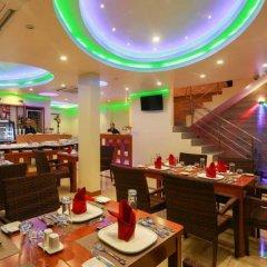Отель Season Holidays Мальдивы, Мале - отзывы, цены и фото номеров - забронировать отель Season Holidays онлайн гостиничный бар