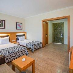 Отель Crystal Flora Beach Resort – All Inclusive комната для гостей фото 5