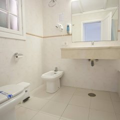 Отель Carema Club Resort ванная фото 2