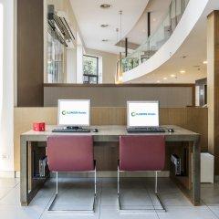 Отель ILUNION Auditori Испания, Барселона - 3 отзыва об отеле, цены и фото номеров - забронировать отель ILUNION Auditori онлайн интерьер отеля