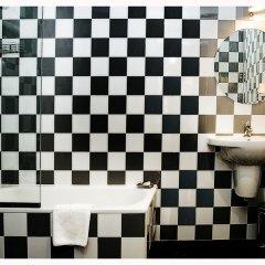 Отель Room Mate Mario Испания, Мадрид - 2 отзыва об отеле, цены и фото номеров - забронировать отель Room Mate Mario онлайн ванная фото 2