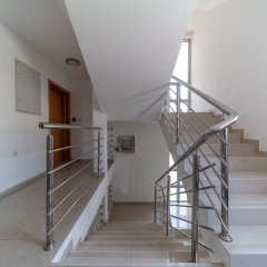 Отель SMS Apartments Черногория, Будва - отзывы, цены и фото номеров - забронировать отель SMS Apartments онлайн интерьер отеля фото 2