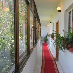 Отель HAXHIU Тирана интерьер отеля