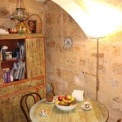 Отель Corto Maltese Guest House питание