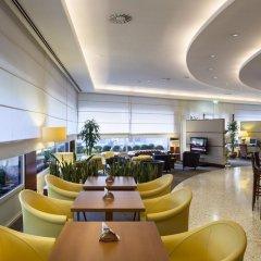 Отель UNAHOTELS Cusani Milano гостиничный бар