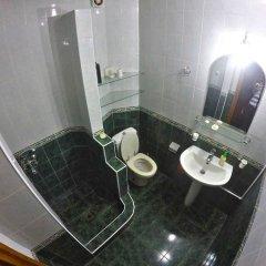 Classical Green Hostel Тбилиси ванная