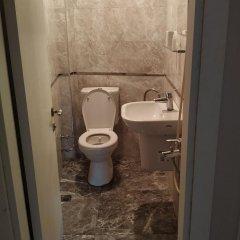 No Problem Pansiyon & Alkaya Турция, Чешмели - отзывы, цены и фото номеров - забронировать отель No Problem Pansiyon & Alkaya онлайн ванная