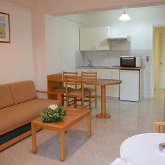Artemis Hotel Apartments Протарас комната для гостей