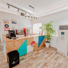 ART Hostel & Apartments Тирана интерьер отеля