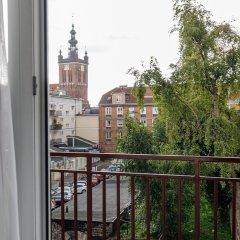 Отель Apartament Przytulny OLD TOWN Heweliusza Польша, Гданьск - отзывы, цены и фото номеров - забронировать отель Apartament Przytulny OLD TOWN Heweliusza онлайн балкон