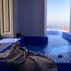 Отель Ikies Traditional Houses Греция, Остров Санторини - 1 отзыв об отеле, цены и фото номеров - забронировать отель Ikies Traditional Houses онлайн спа фото 2