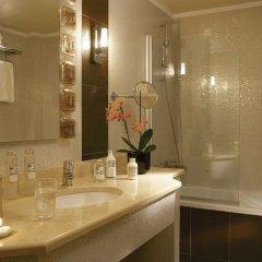 Отель Porto Palace Салоники ванная