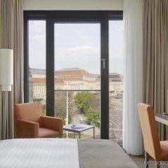 Отель InterCityHotel Leipzig Германия, Лейпциг - 1 отзыв об отеле, цены и фото номеров - забронировать отель InterCityHotel Leipzig онлайн балкон
